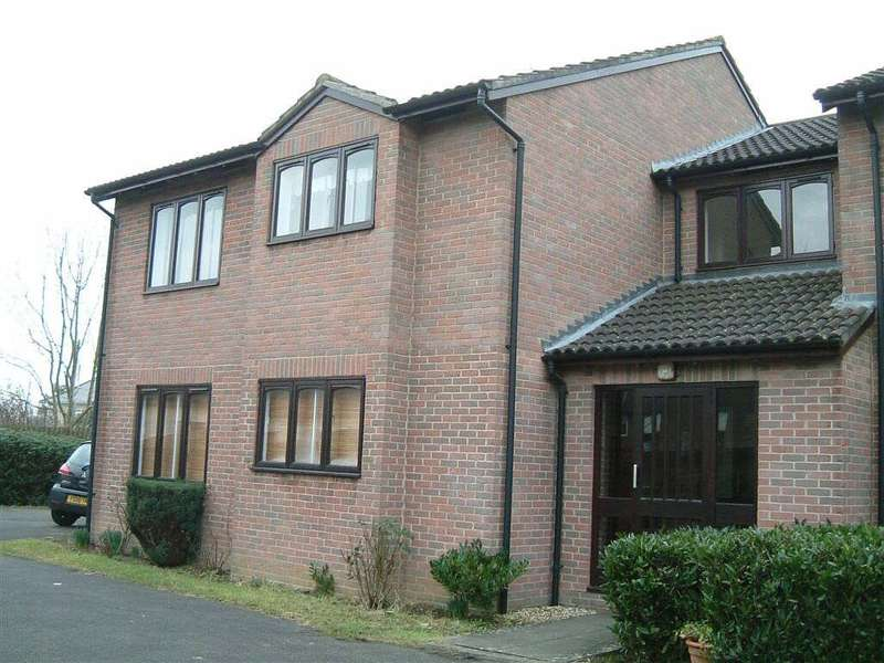 1 Bedroom Flat for rent in Glenville Close, Wootton Bassett