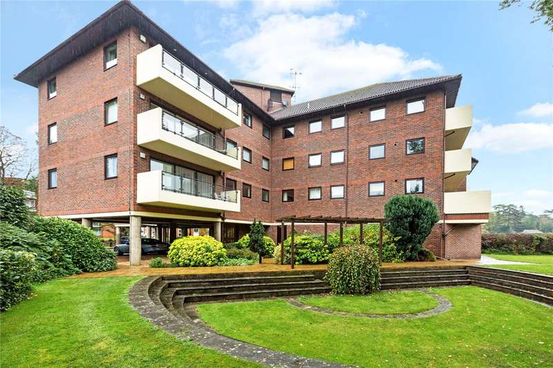 2 Bedrooms Flat for sale in Lockbridge Court, Ray Park Road, Maidenhead, Berkshire, SL6
