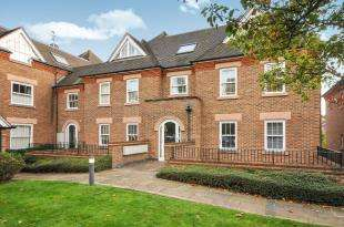 2 Bedrooms Flat for sale in Cranbrook Court, 35 Croham Road, South Croydon