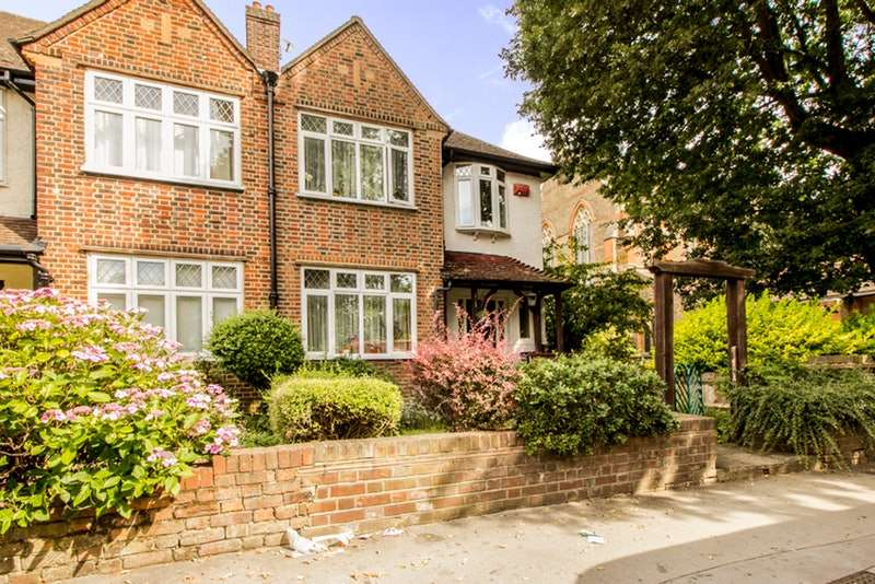 3 Bedrooms End Of Terrace House for sale in Warwick Road, Thornton Heath, Surrey, CR7