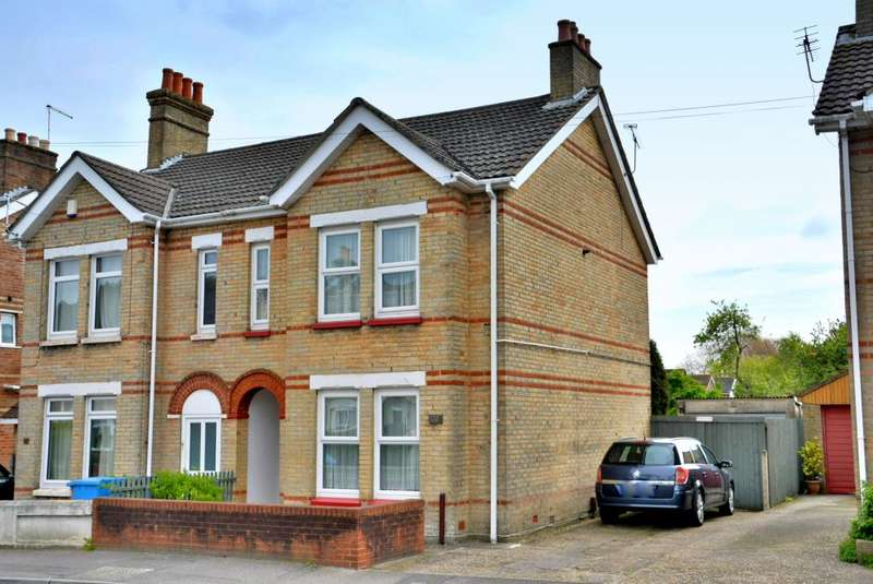 3 Bedrooms Semi Detached House for sale in Albert Road, Parkstone, Poole BH12 2EY