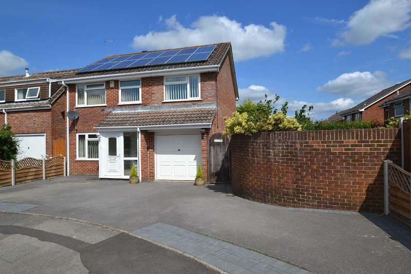 5 Bedrooms Detached House for sale in Merley
