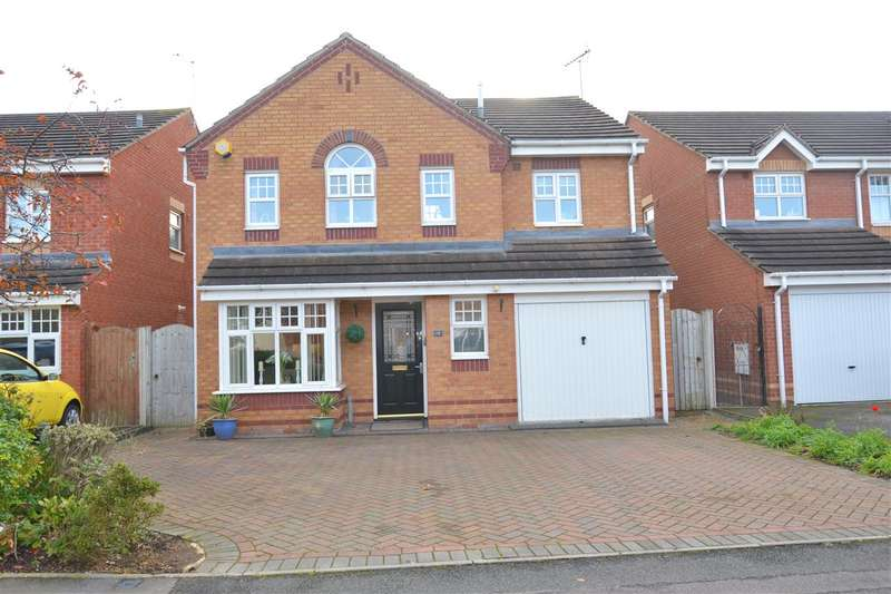 4 Bedrooms Detached House for sale in Mahogony Drive, Stafford