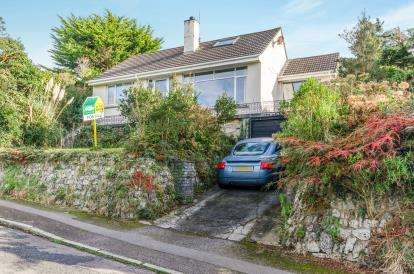 2 Bedrooms Bungalow for sale in Penzance, Cornwall