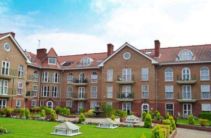 3 Bedrooms Flat for sale in Colne Road, Cromer, Norfolk