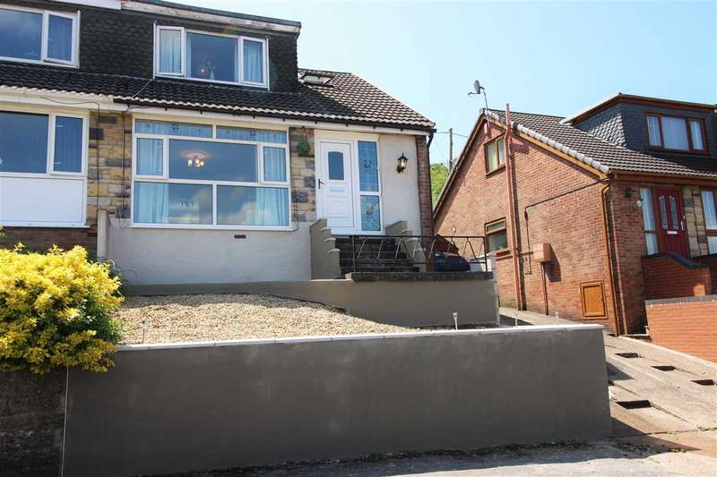 3 Bedrooms Bungalow for sale in Hillcrest Drive, Porth, Porth
