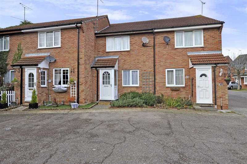 3 Bedrooms Terraced House for sale in Jenner Mead, Chelmsford