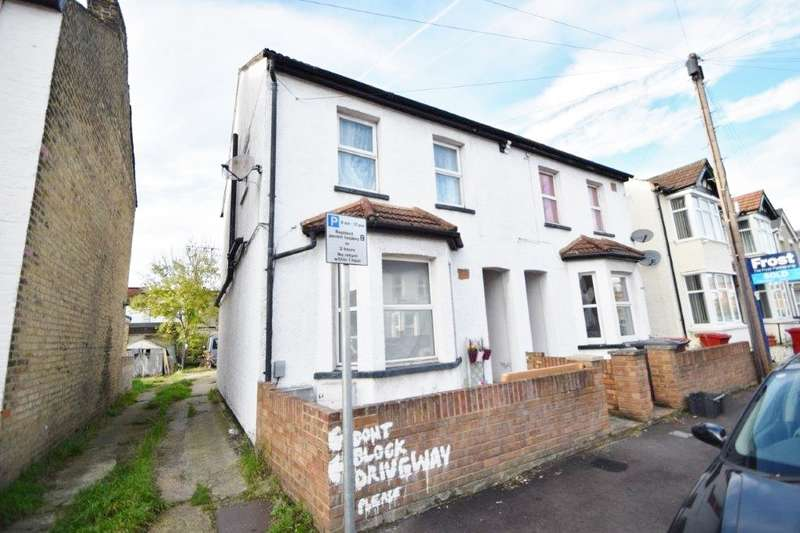 1 Bedroom Maisonette Flat for sale in Australia Road, Slough, SL1