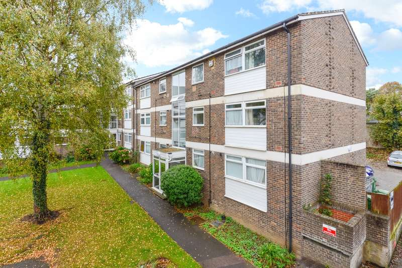 2 Bedrooms Apartment Flat for sale in Pine Lodge, Maidstone, ME16