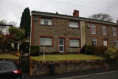 4 Bedrooms House for rent in Cilmaengwyn Road, Godre Graig