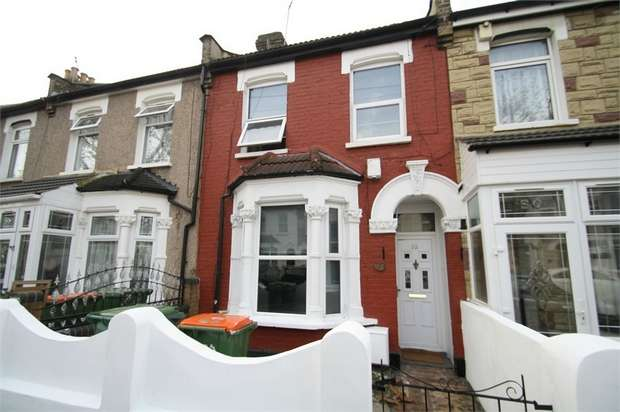3 Bedrooms Terraced House for rent in Compton Avenue, East Ham, London
