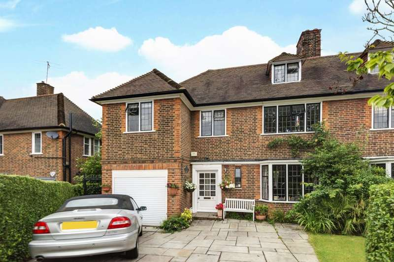 4 Bedrooms Flat for sale in Milton Close, Hampstead Garden Suburb, N2