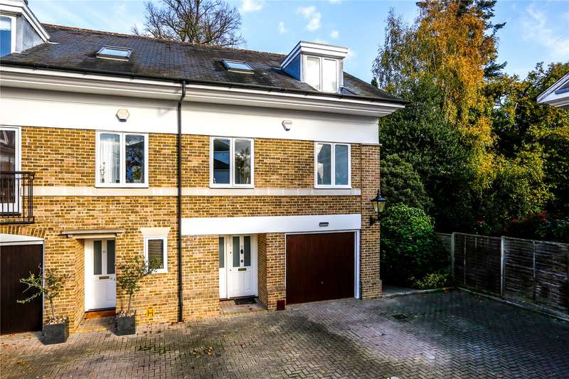 3 Bedrooms Semi Detached House for sale in Kingston Hill Place, Kingston upon Thames, KT2