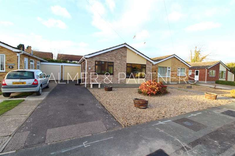 2 Bedrooms Bungalow for sale in Albany Close, West Bergholt, Colchester