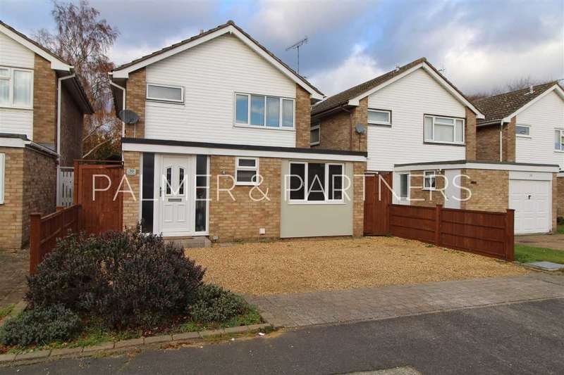 3 Bedrooms Detached House for sale in The Willows, Colchester