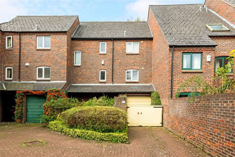 3 Bedrooms Terraced House for sale in Dale Close, Oxford, Oxfordshire, OX1
