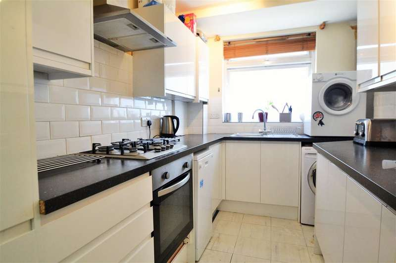2 Bedrooms Apartment Flat for sale in Royston Lodge, Effra Road, Wimbledon