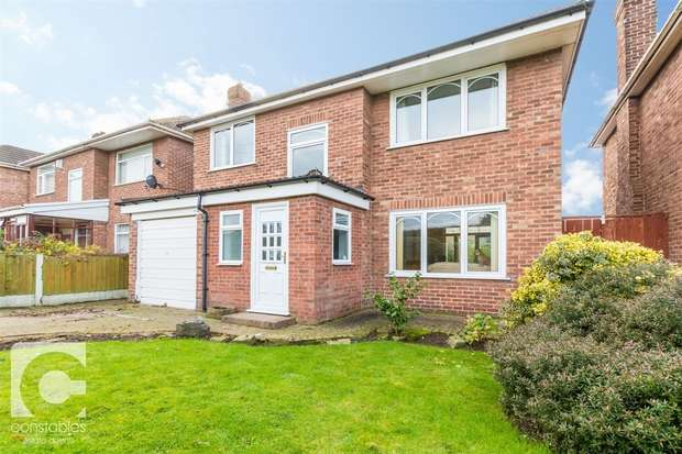 3 Bedrooms Detached House for sale in Glen Road, Great Sutton, Ellesmere Port, Cheshire