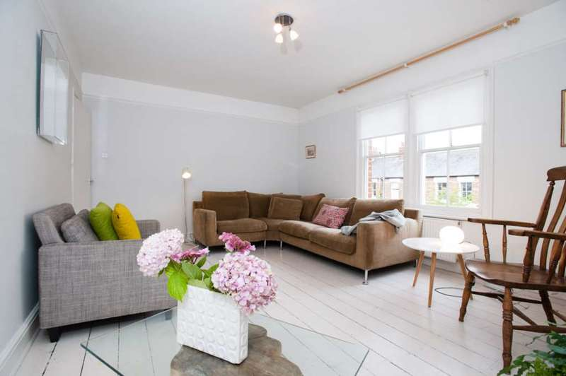 4 Bedrooms House for rent in Kingston Road, Walton Manor