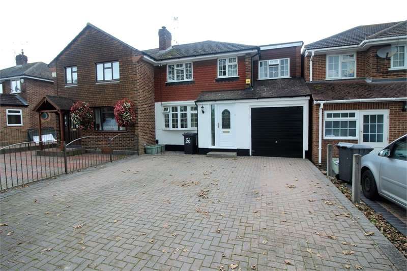 3 Bedrooms Semi Detached House for sale in Cotswold Way, Tilehurst, READING, Berkshire