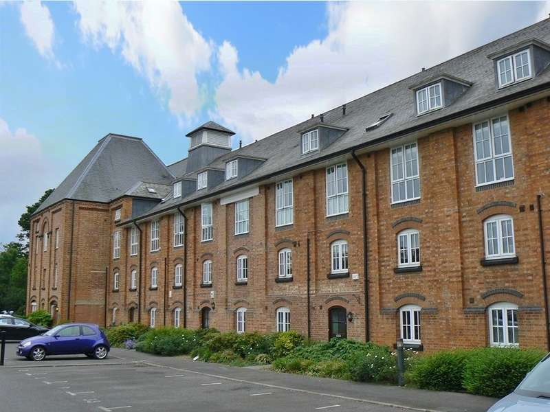 2 Bedrooms Apartment Flat for rent in George Morland House, Coopers Lane, Abingdon-on-Thames, OX14
