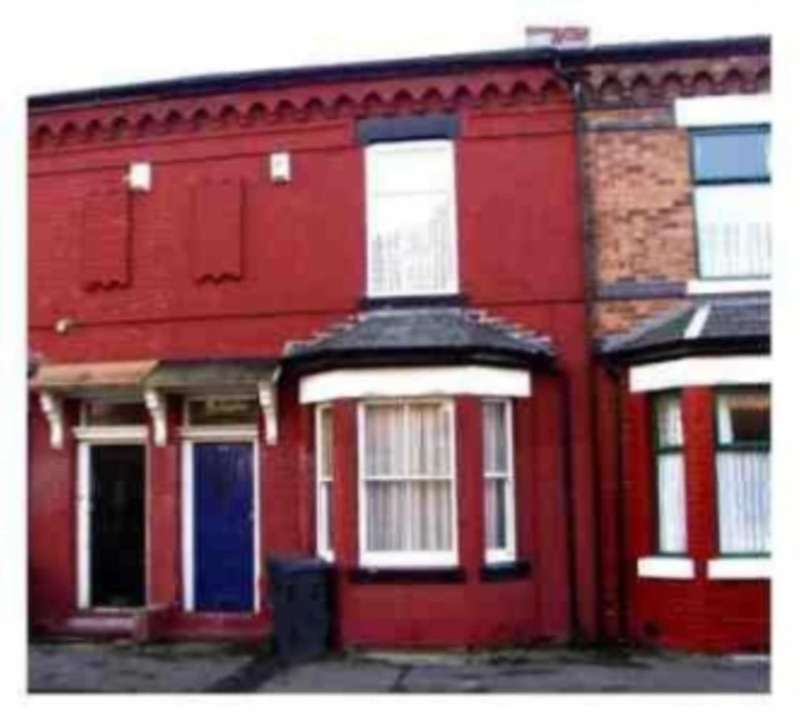 3 Bedrooms Terraced House for rent in Honor Street, Longsight