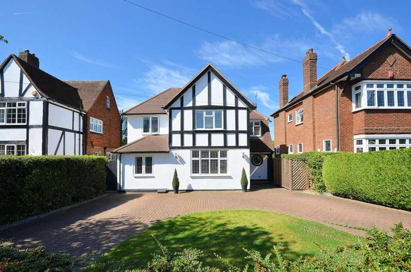 4 Bedrooms Detached House for sale in Delta Road, Worcester Park, KT4