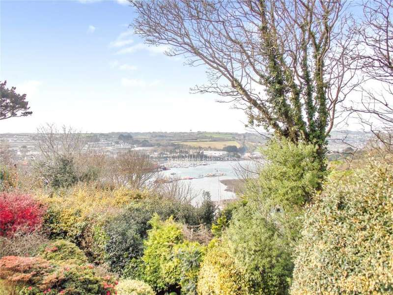 3 Bedrooms Detached Bungalow for sale in Tregew Close, Flushing, Falmouth