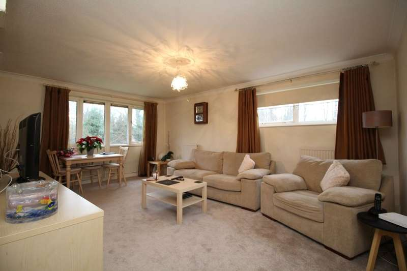 2 Bedrooms Flat for sale in Kimpton Close, Hemel Hempstead, HP2