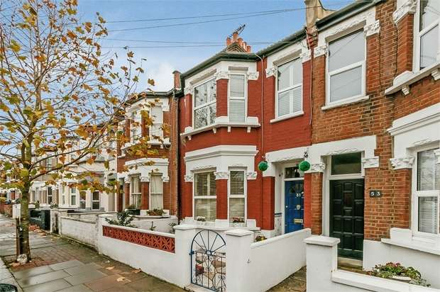 3 Bedrooms Terraced House for sale in Fallsbrook Road, London