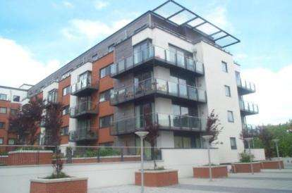 2 Bedrooms Flat for sale in 32 Channel Way, Southampton, Hampshire
