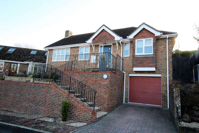 2 Bedrooms Detached Bungalow for sale in Sussex Gardens, Eastbourne, BN20 0JF