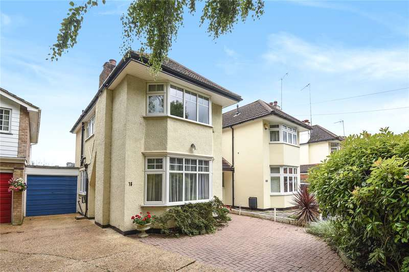 3 Bedrooms Semi Detached House for sale in Elmbridge Drive, Ruislip, Middlesex, HA4