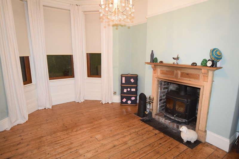 3 Bedrooms Terraced House for sale in Hartington Street, Barrow-in-Furness, Cumbria, LA14 5SR