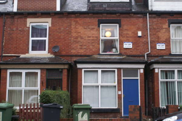 6 Bedrooms Terraced House for rent in Royal Park Avenue, Hyde Park, Leeds