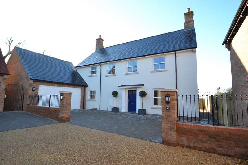 4 Bedrooms Detached House for sale in Lytchett Matravers