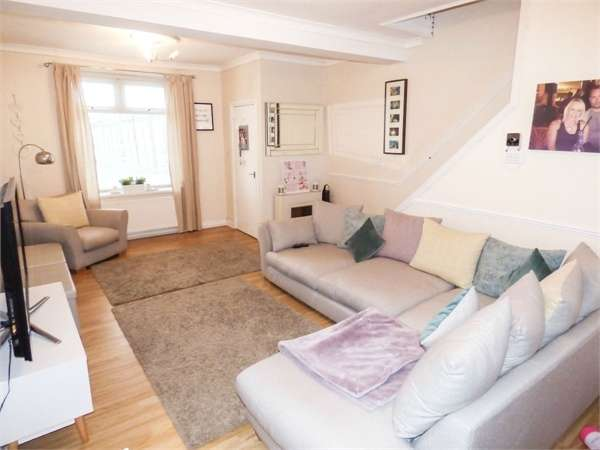 3 Bedrooms Terraced House for sale in Wood Street, Maerdy, Ferndale, Mid Glamorgan