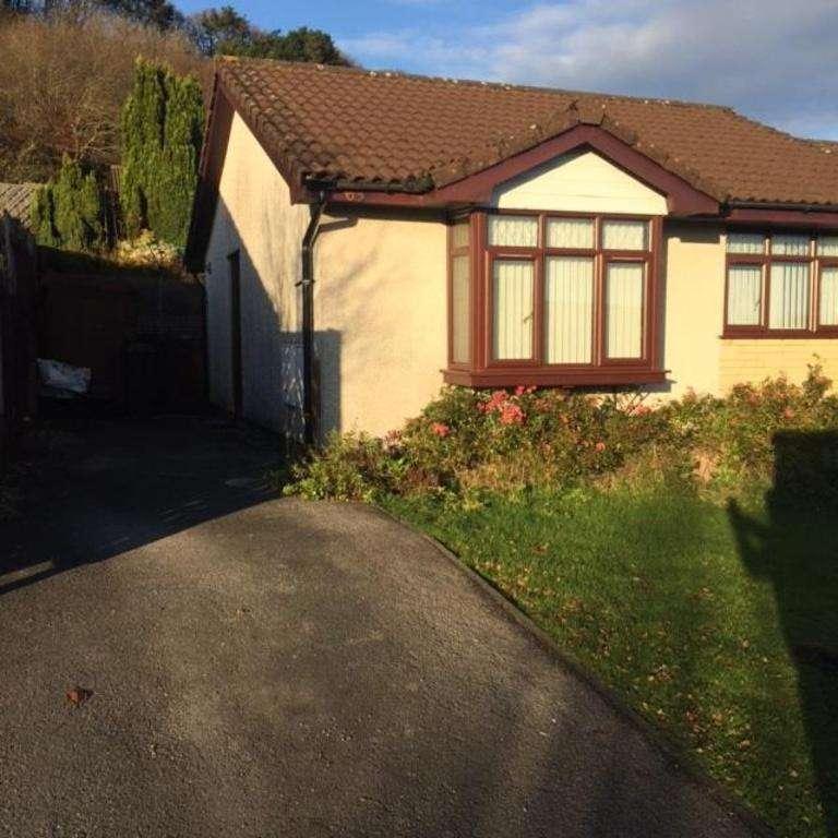 2 Bedrooms Bungalow for rent in Oak Hill Park, Skewen, NEATH