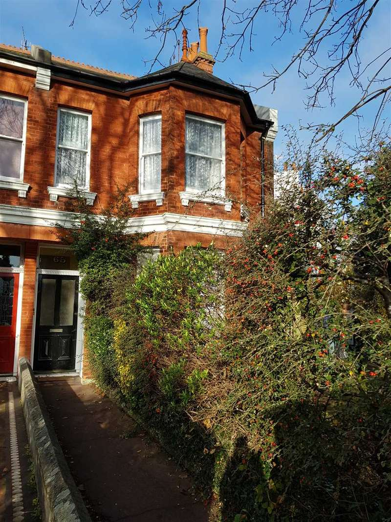 2 Bedrooms Flat for rent in Stanford Avenue, Brighton