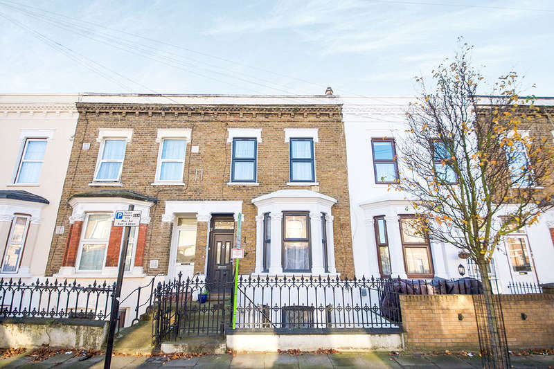4 Bedrooms Property for sale in Studley Road, London, E7