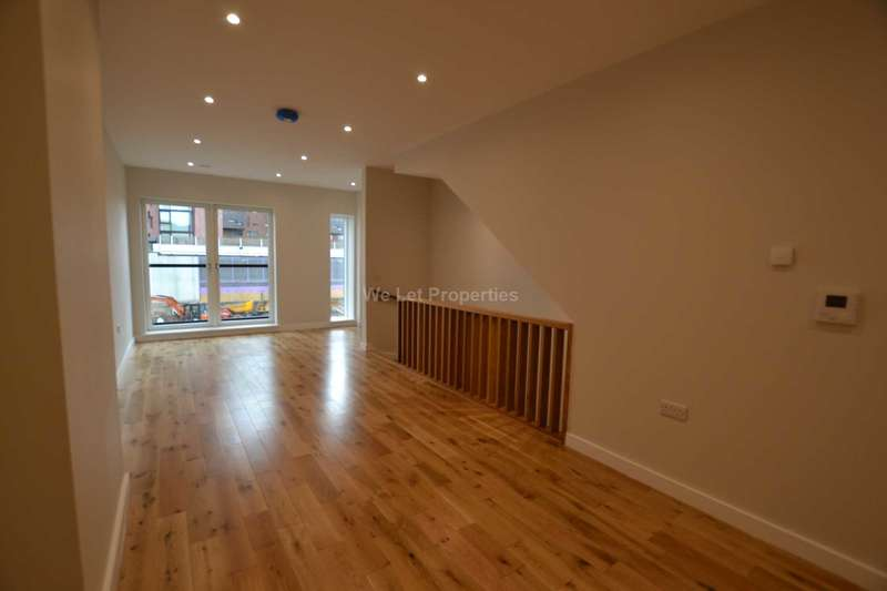 3 Bedrooms Apartment Flat for rent in Spindle Mews, Islington Wharf Mews