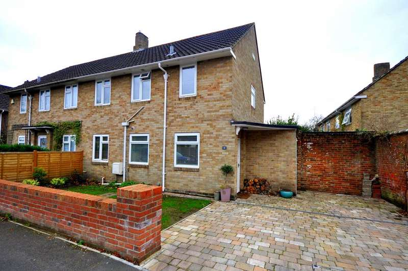 3 Bedrooms Semi Detached House for sale in Linden Gardens, Ringwood, BH24 1HG