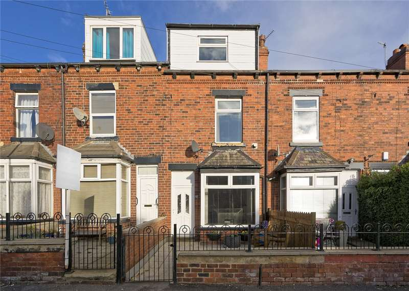 4 Bedrooms Terraced House for sale in Aston Street, Leeds, West Yorkshire, LS13
