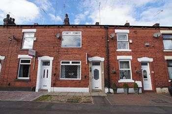 2 Bedrooms Terraced House for rent in Albert Street, Royton, Oldham, OL2