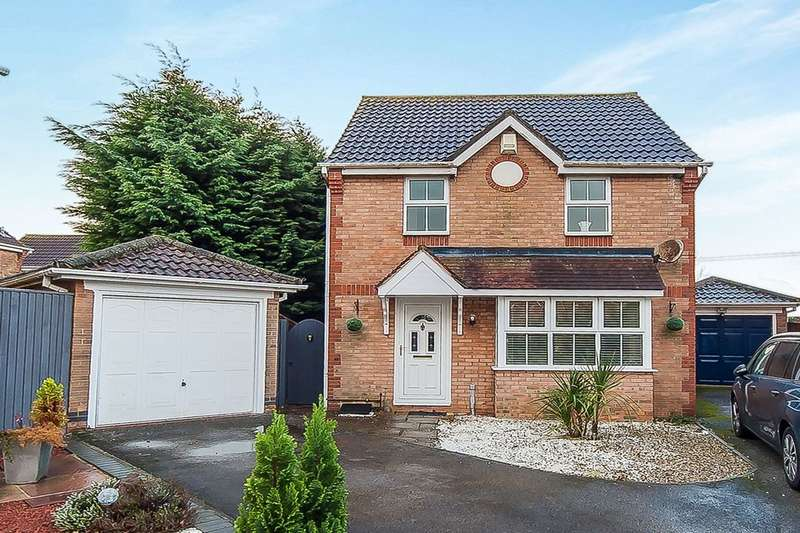 3 Bedrooms Detached House for sale in Holme Farm Close, Great Coates, Grimsby, DN37