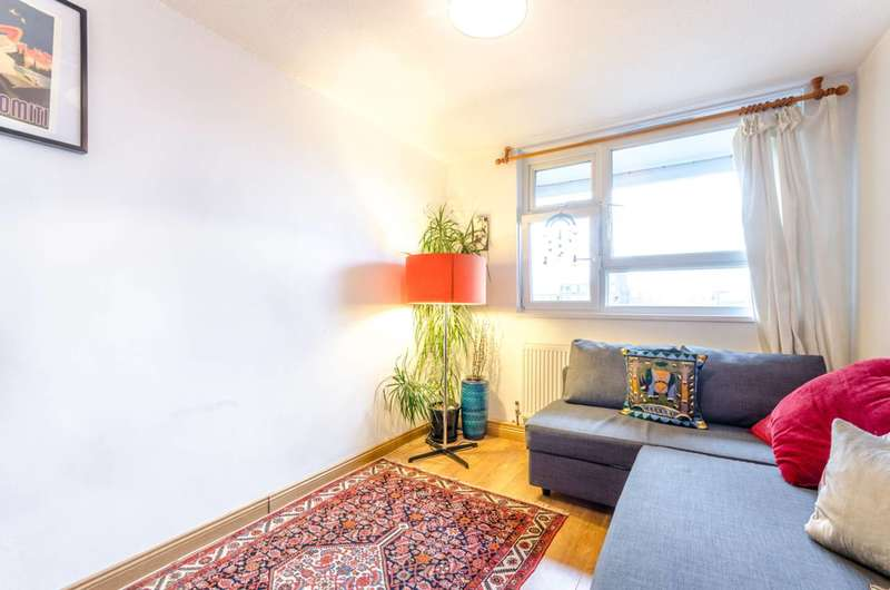 1 Bedroom Flat for sale in Hall Street, Angel, EC1V