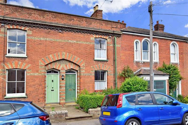 3 Bedrooms Terraced House for sale in St. Marys Road, , Faversham, Kent