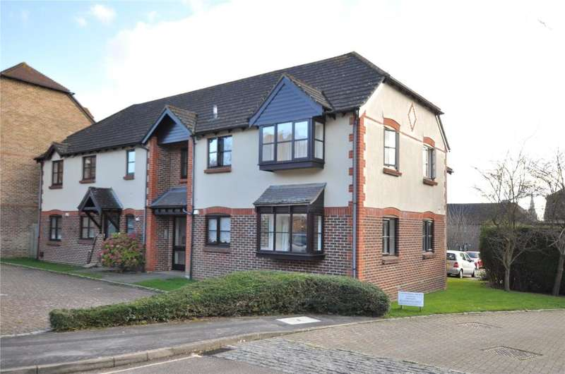 1 Bedroom Apartment Flat for sale in Woodlands Lane, Chichester, West Sussex, PO19