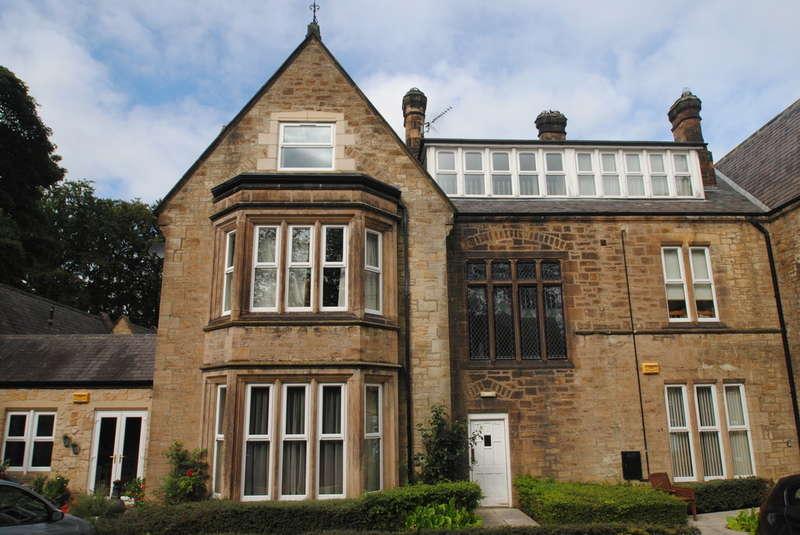 2 Bedrooms Flat for rent in Shotley Bridge