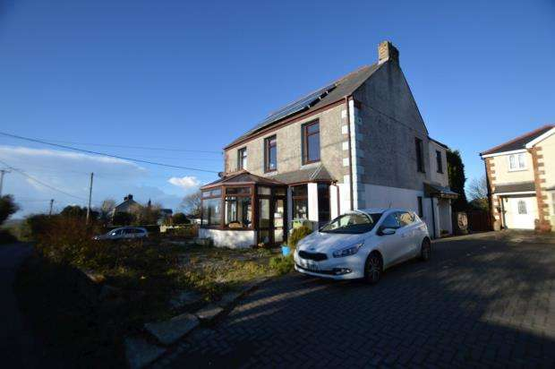4 Bedrooms Detached House for sale in Higher Fraddon, St. Columb, Cornwall